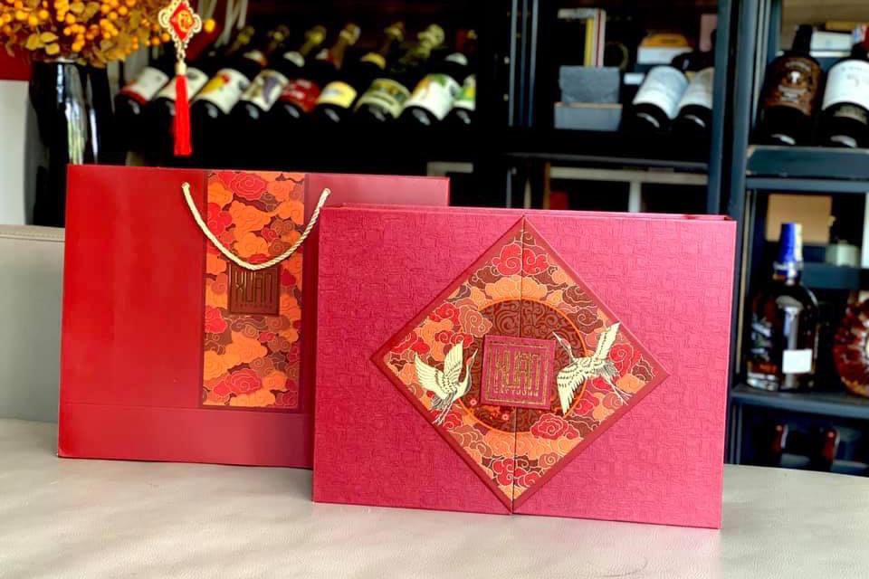 mẫu hộp quà tết 10