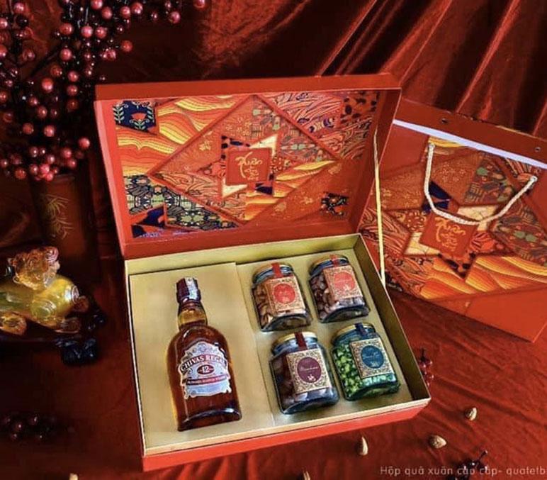 mẫu hộp quà tết 20